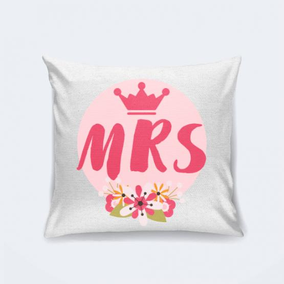 """Подушка """"Mrs"""""""